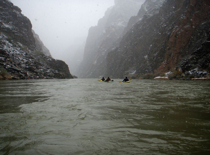 Self-Support-Winter-Kayak-Grand-Canyon-02