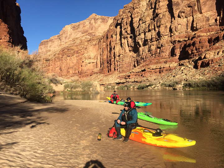 Self-Support-Winter-Kayak-Grand-Canyon-04